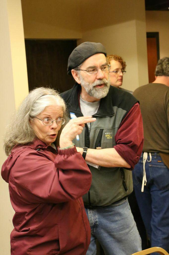 Suzie Ripley, Oral Hull Caretaker, w: Mick